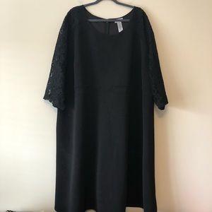 Catherine's Black Lace-Sleeve Dress